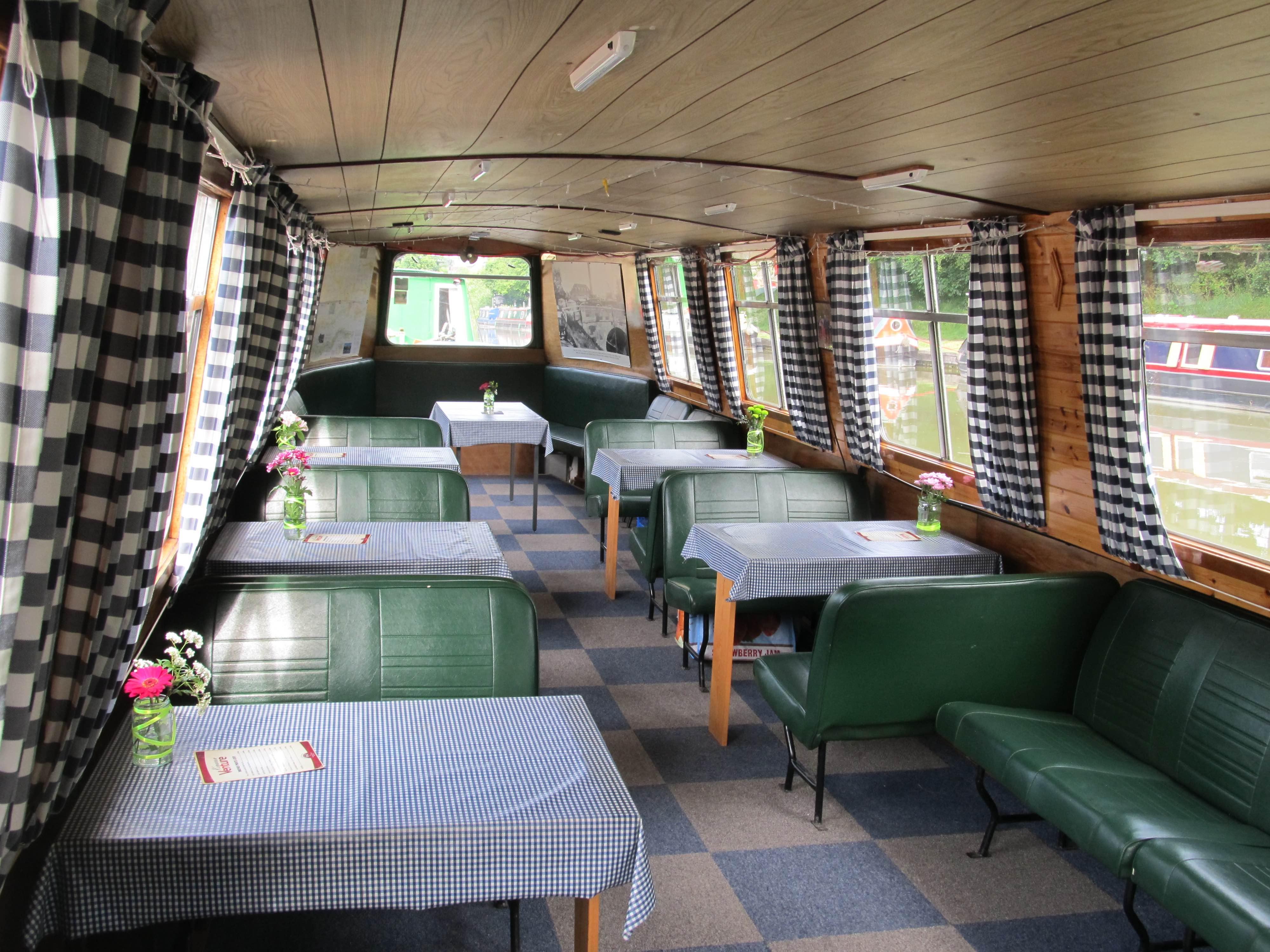 KV Inside the boat